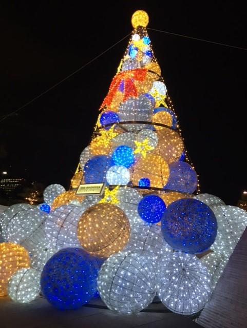 ペニンシュラクリスマスツリー 年末体験セッション